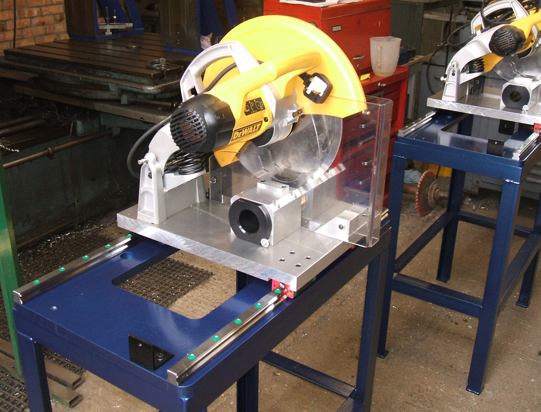 Cutting Flying Saw Assembly